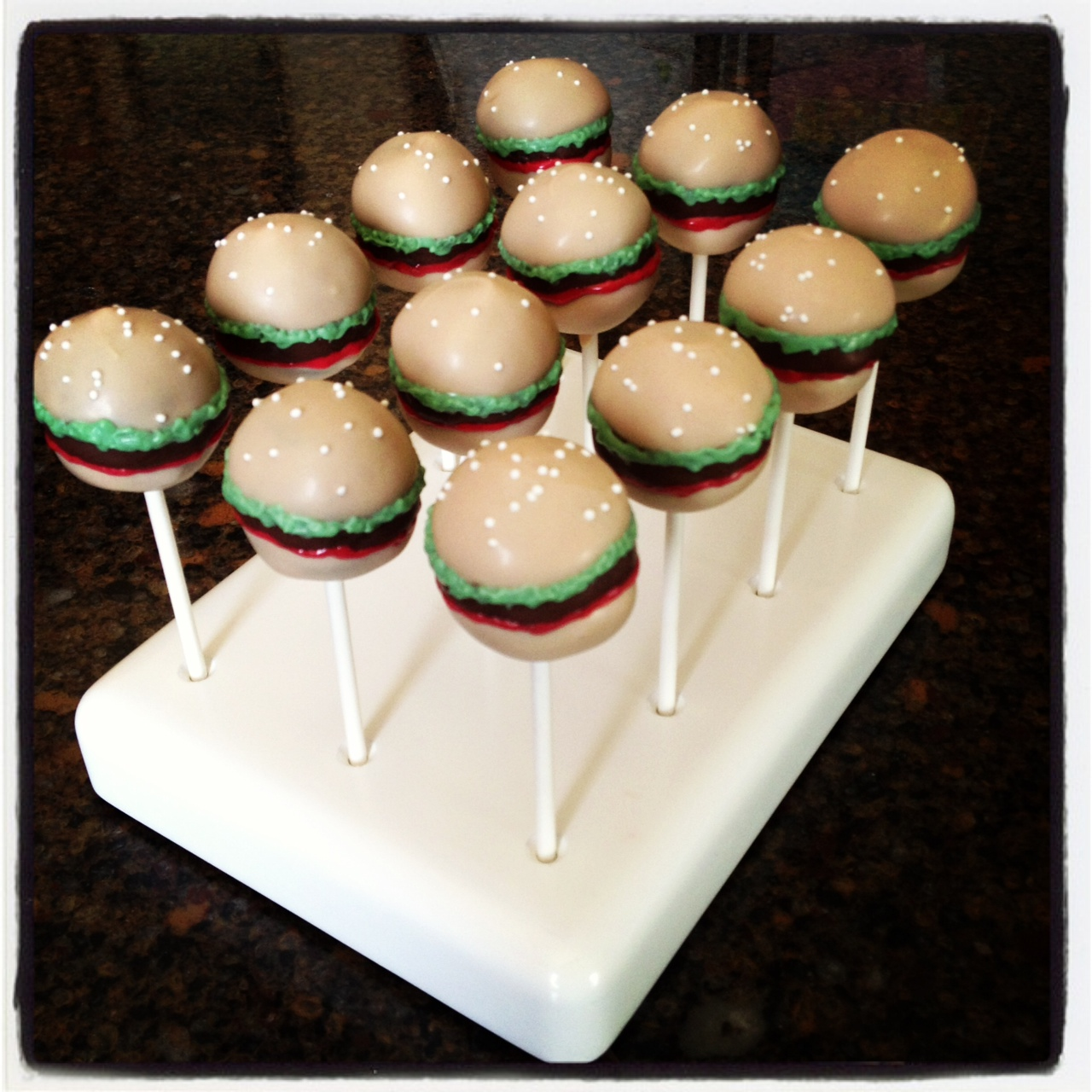 Heavenly Cake Pops | Hamburger Cake Pops