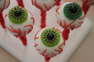 Halloween Eyeball cake pops made with the Easy roller