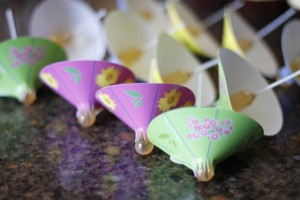 Pina Colada Cake Pops HCP Easy Roller13