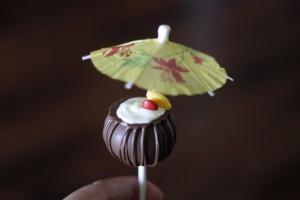 Pina Colada Cake Pops HCP Easy Roller20