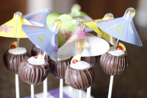 Pina Colada Cake Pops HCP Easy Roller22