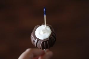 Pina Colada Cake Pops HCP Easy Roller17