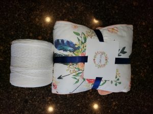 Nursery bedding and White Ganxxt cord